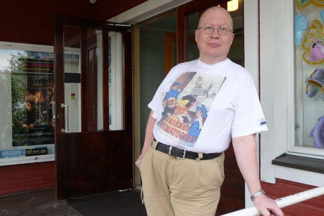 Teatterin omistaja Jukka Lankinen