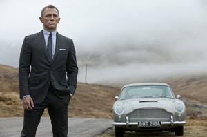 Daniel Craig esittää Bondia nyt kolmannen kerran